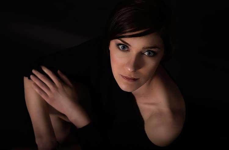 sesja-zdjęcia-fotografia-kobieca-sensualna-buduarowa-Bielsko-Biała-018